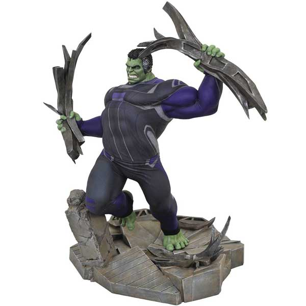 Figúrka Avengers: Endgame Hulk Deluxe Gallery Diorama